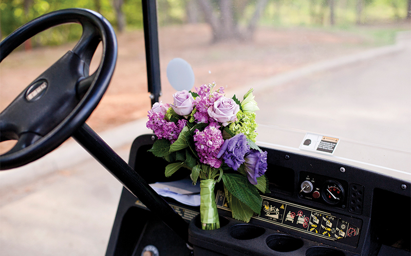 bouquetGolf-Cart